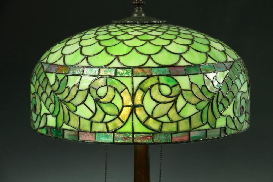 LEADED GLASS SHADE DOLPHIN TABLE LAMP - 2