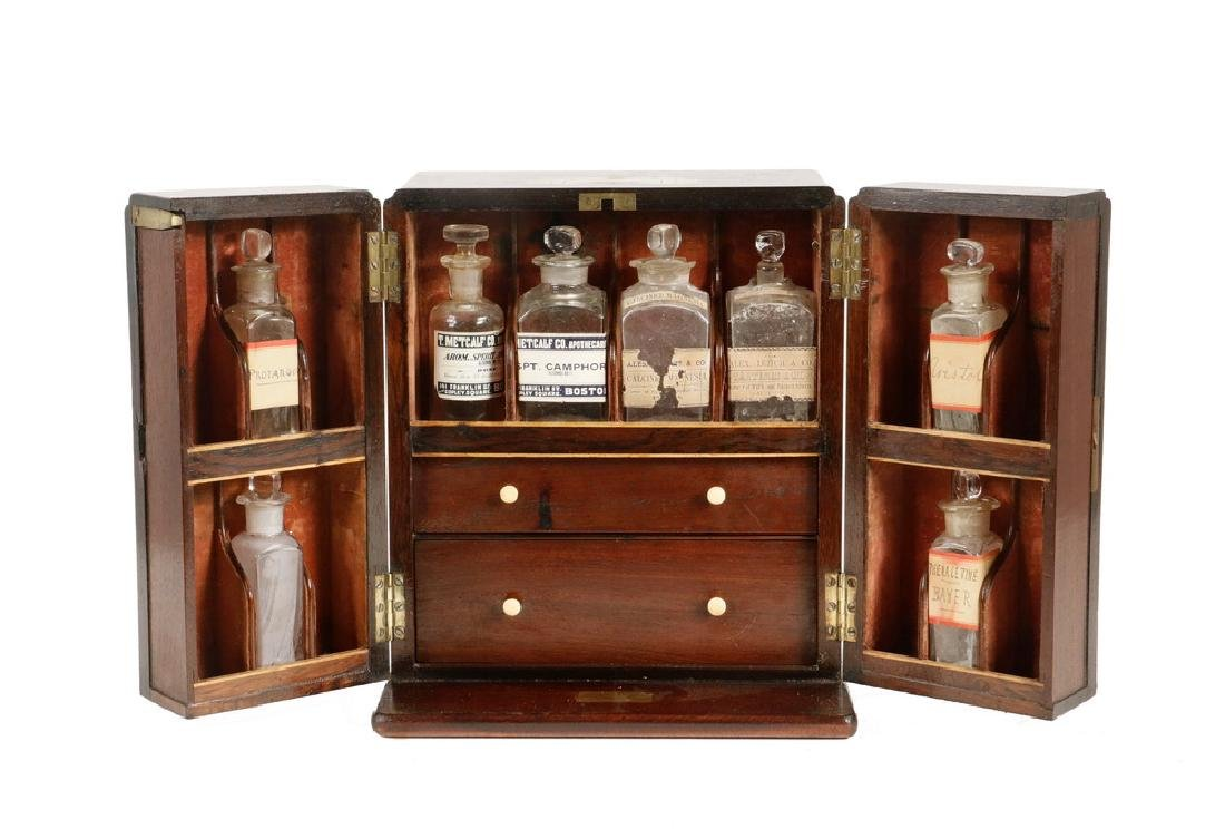 TRAVELING APOTHECARY CASE