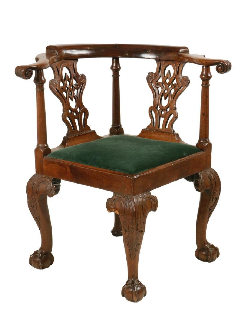 18TH C. CHIPPENDALE CORNER CHAIR