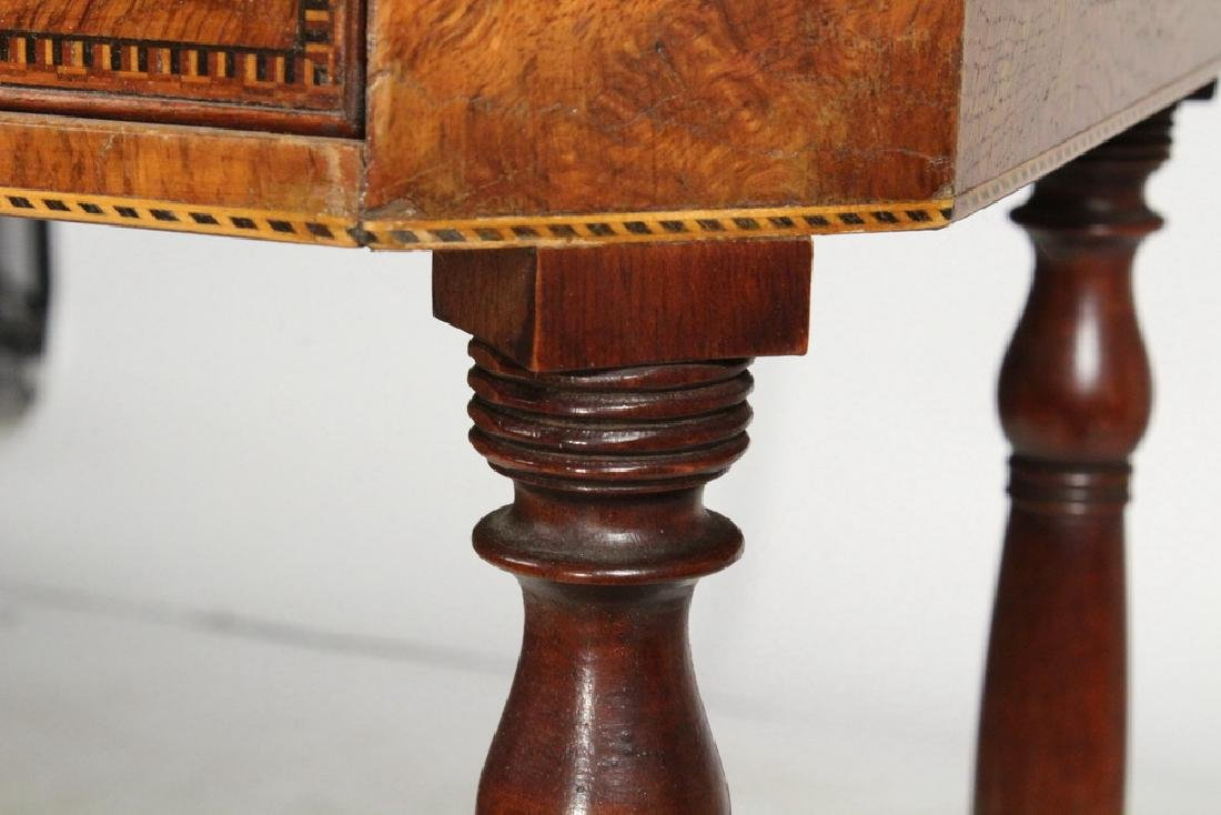 PAIR OF LAMP STANDS - 8