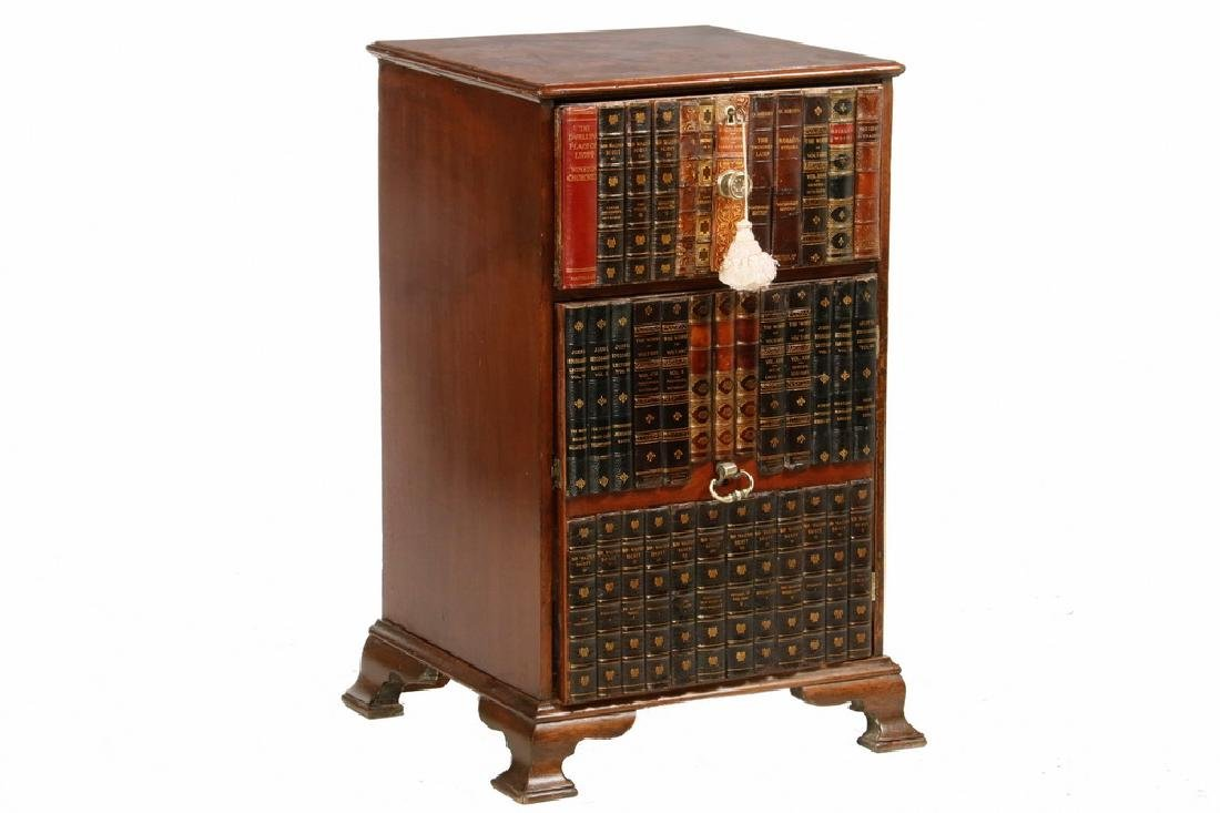 VICTORIAN ENGLISH CABINET WITH BOOK BINDING FRONT