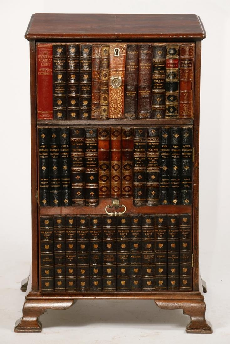 VICTORIAN ENGLISH CABINET WITH BOOK BINDING FRONT - 3