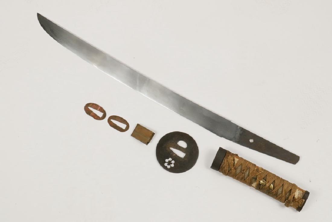 JAPANESE SHORT SWORD - 2