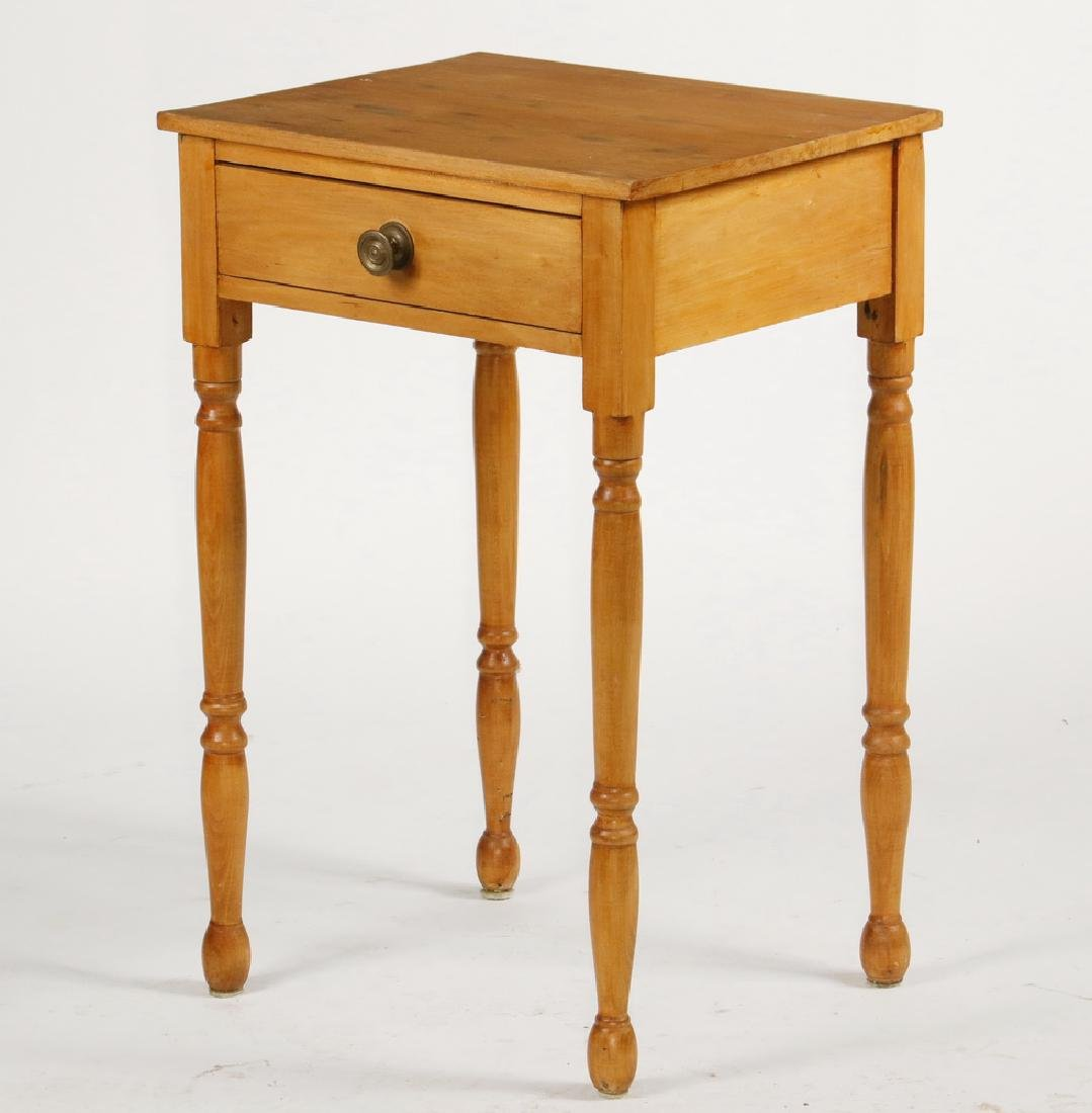 NEW ENGLAND COUNTRY LAMP STAND