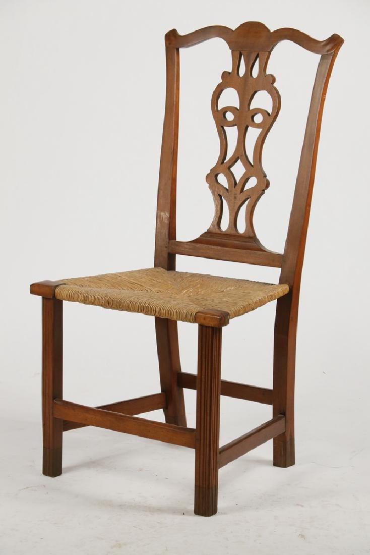 AMERICAN COUNTRY CHIPPENDALE SIDECHAIR