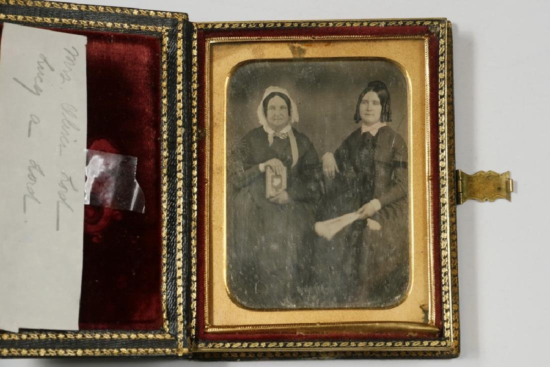 EARLY CASED HALF-PLATE AMBROTYPE PHOTO, LORD FAMILY OF