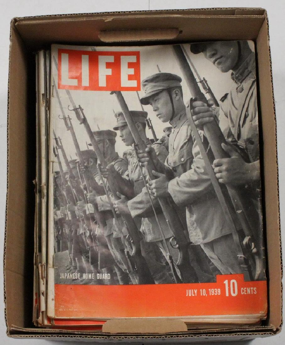(40) 1939 LIFE MAGAZINES - 2