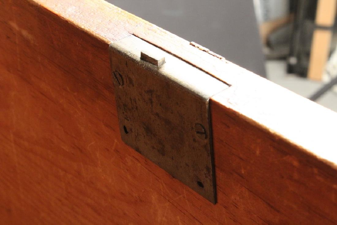 18TH C. CHIPPENDALE CHEST - 5