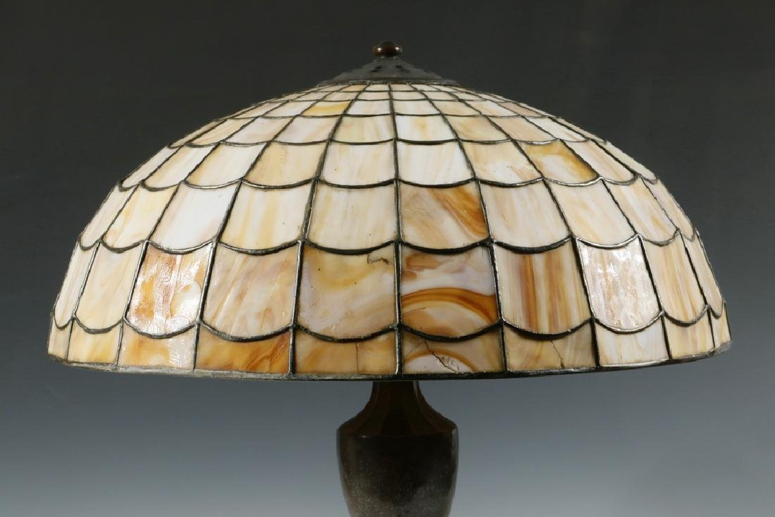 TABLE LAMP WITH HANDEL LEADED GLASS SHADE - 3
