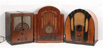 (3) LARGE VINTAGE TABLE TOP RADIOS