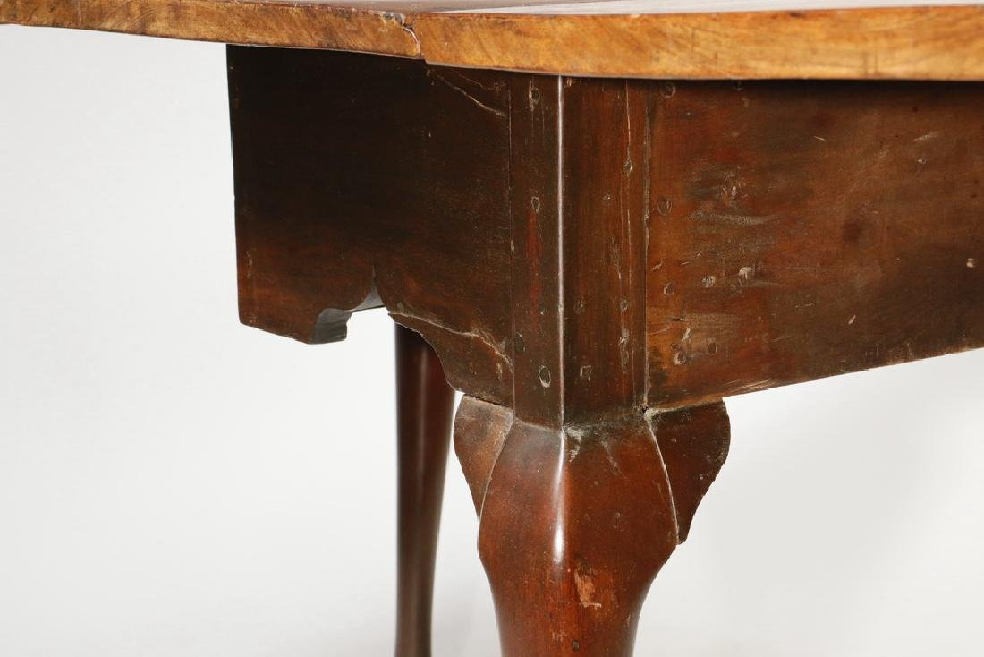 AMERICAN CHIPPENDALE DROP LEAF TABLE - 4
