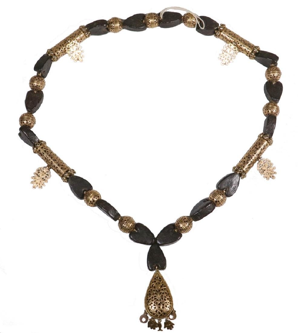 NORTH AFRICAN SKHAB NECKLACE