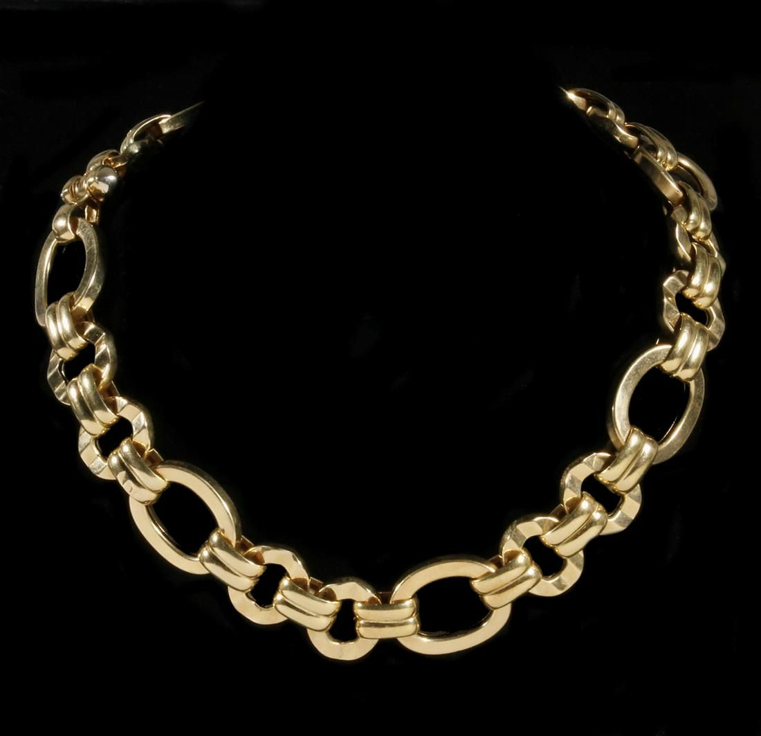 CHAIN LINK NECKLACE IN 18K YELLOW GOLD