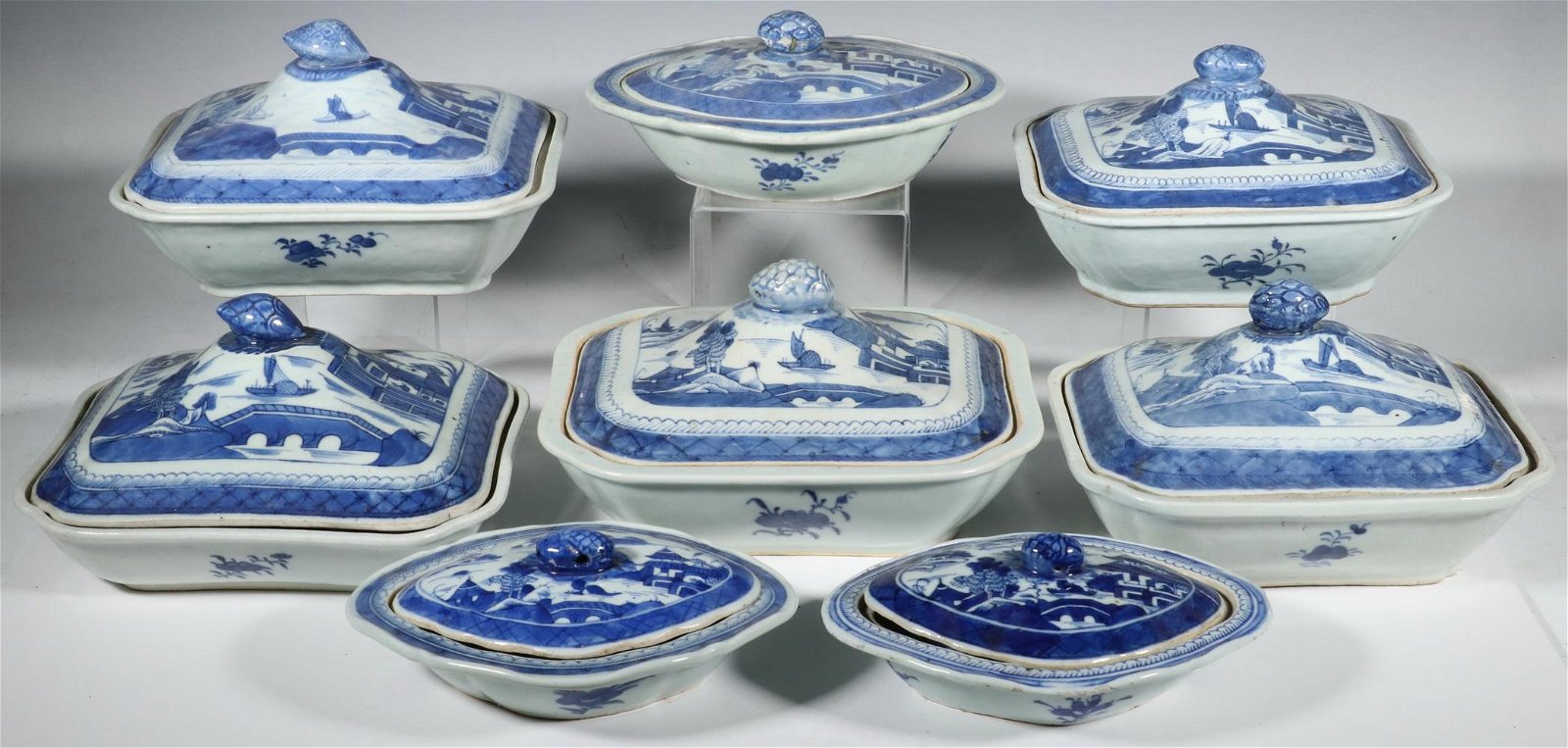 (8) CHINESE CANTON LIDDED SERVING DISHES