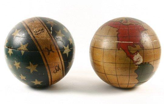 25: Pr Masonic Lodge Columns Wood Painted Globes - 2