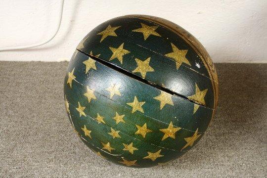 25: Pr Masonic Lodge Columns Wood Painted Globes - 4