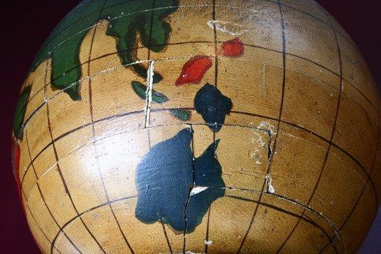 25: Pr Masonic Lodge Columns Wood Painted Globes - 6