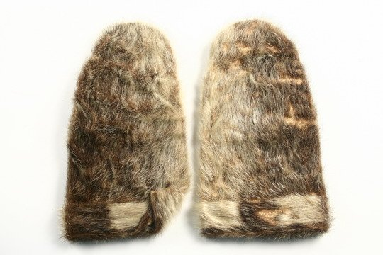 204: Inuit Items Halibut Hook c1850 Sealskin Mittens - 6