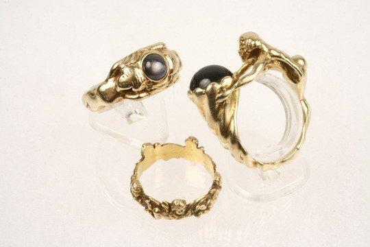 523: 3 Female Figural Rings 14K Garnet Star Sapphire