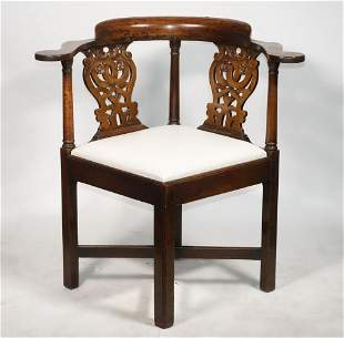BENCH-MADE CHIPPENDALE CORNER CHAIR