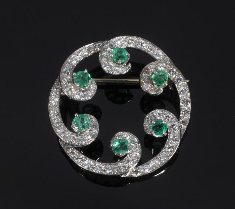 VINTAGE DIAMOND AND EMERALD BROOCH