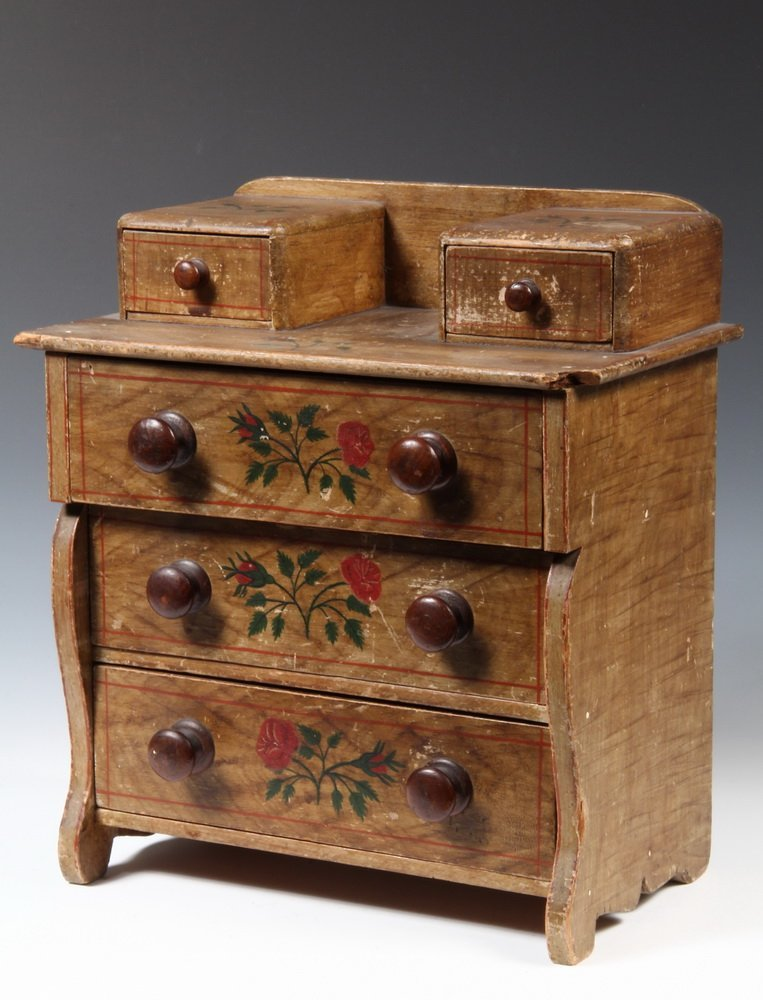 DOLL CHEST - Maine Country Sheraton Period Painted