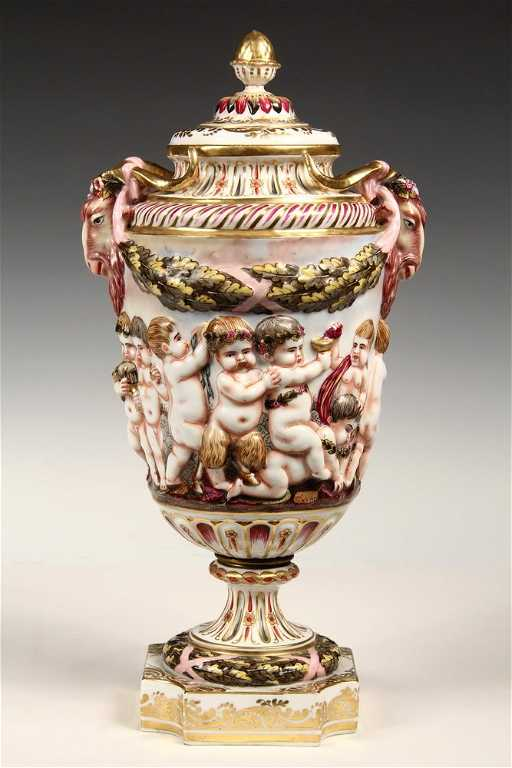 Large Capodimonte Urn Covered Urn With Inverted Acorn