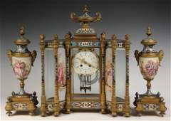 MAGNIFICENT FRENCH MANTEL CLOCK WITH GARNITURES - Hour