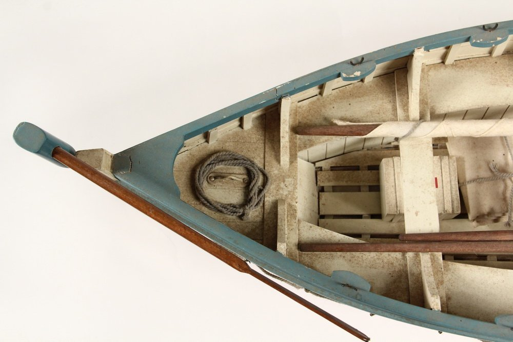 BOAT MODEL - 'Titanic' Lifeboat Sloop, stocked with a - 3