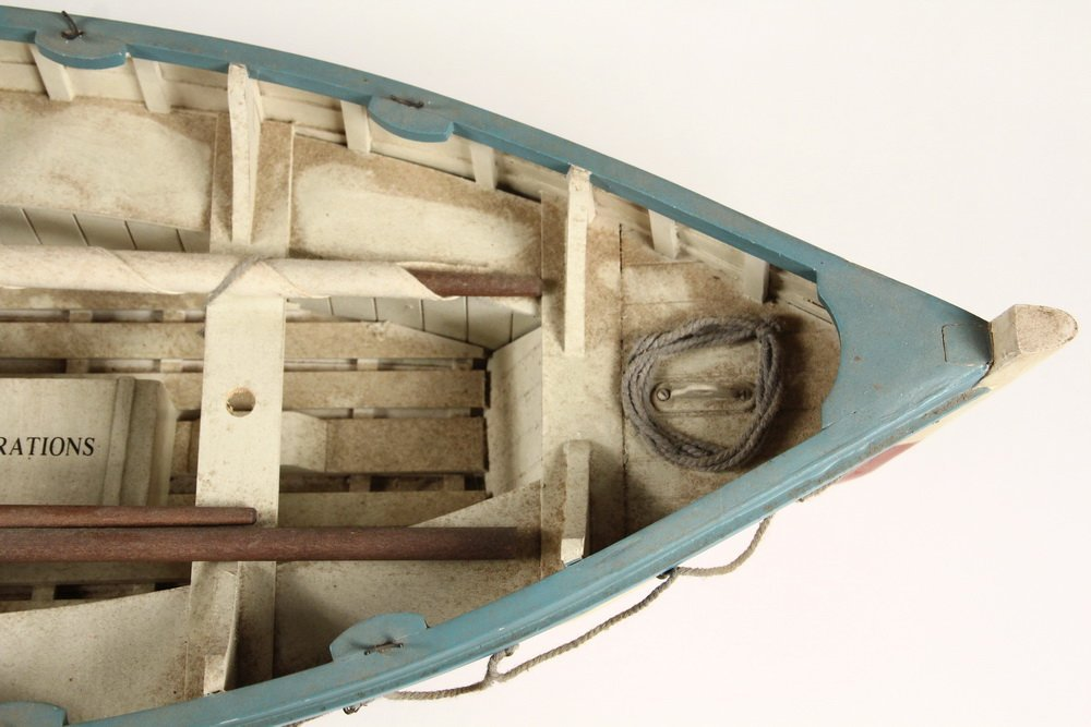 BOAT MODEL - 'Titanic' Lifeboat Sloop, stocked with a - 5