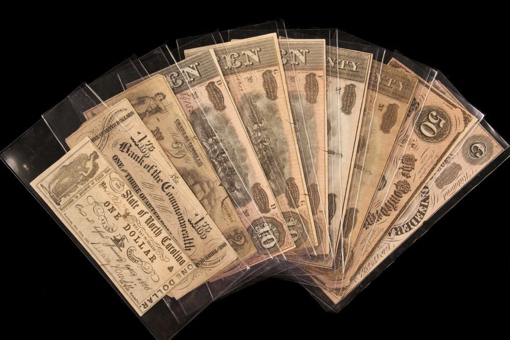 CURRENCY - (11) Pcs of Confederate Money ranging from
