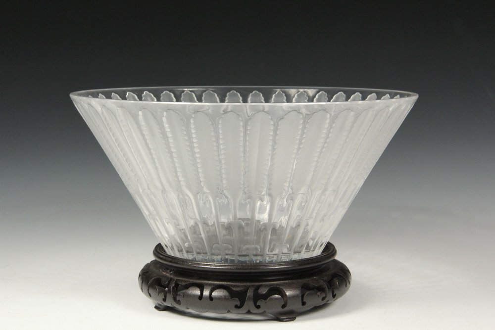 ART GLASS BOWL - Lalique Art Deco Frosted Feather Bowl,