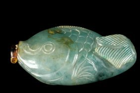 Chinese Jade Snuff Bottle - Antique Fish Form Snuff