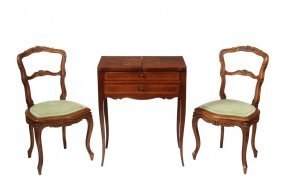 Louis Xv-style Poudreuse & Pair Of Chairs - Early 20th