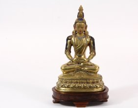 Chinese Bronze Sculpture - Gilded Bronze Buddha With