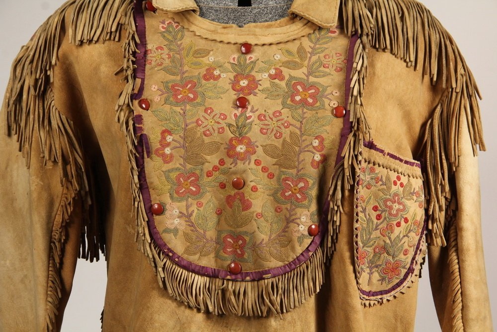 NATIVE AMERICAN CLOTHING - Fine Metis Cree Embroidered - 2