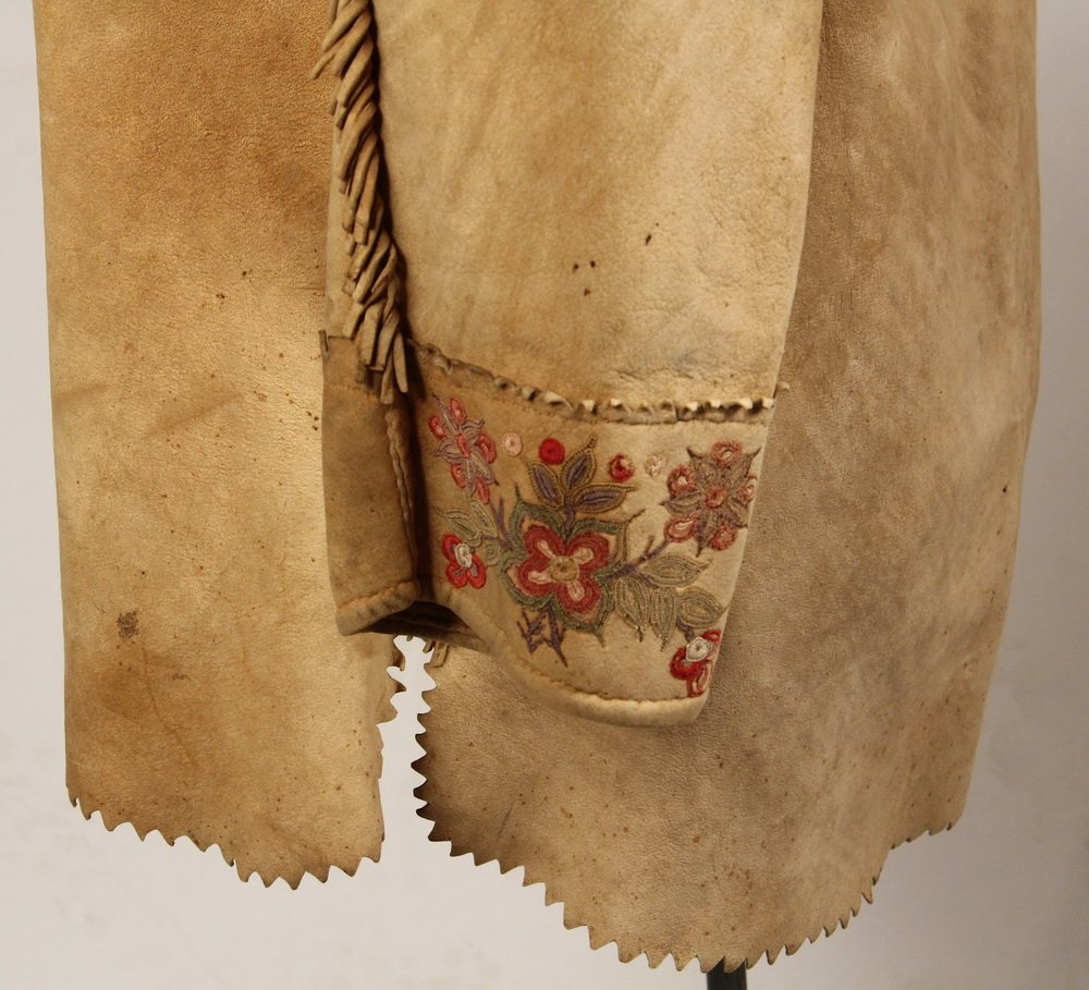NATIVE AMERICAN CLOTHING - Fine Metis Cree Embroidered - 3