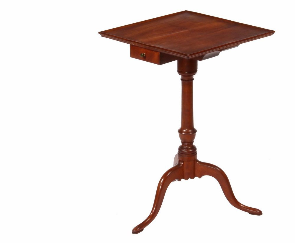 COLONIAL CANDLESTAND - Fine 18th c. Cherry Stand with