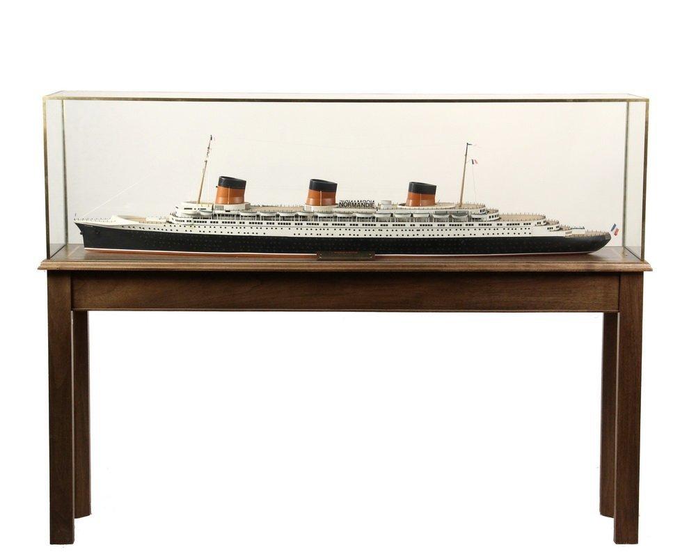 BOARDROOM SHIP MODEL ON STAND - Full Builder's Model of