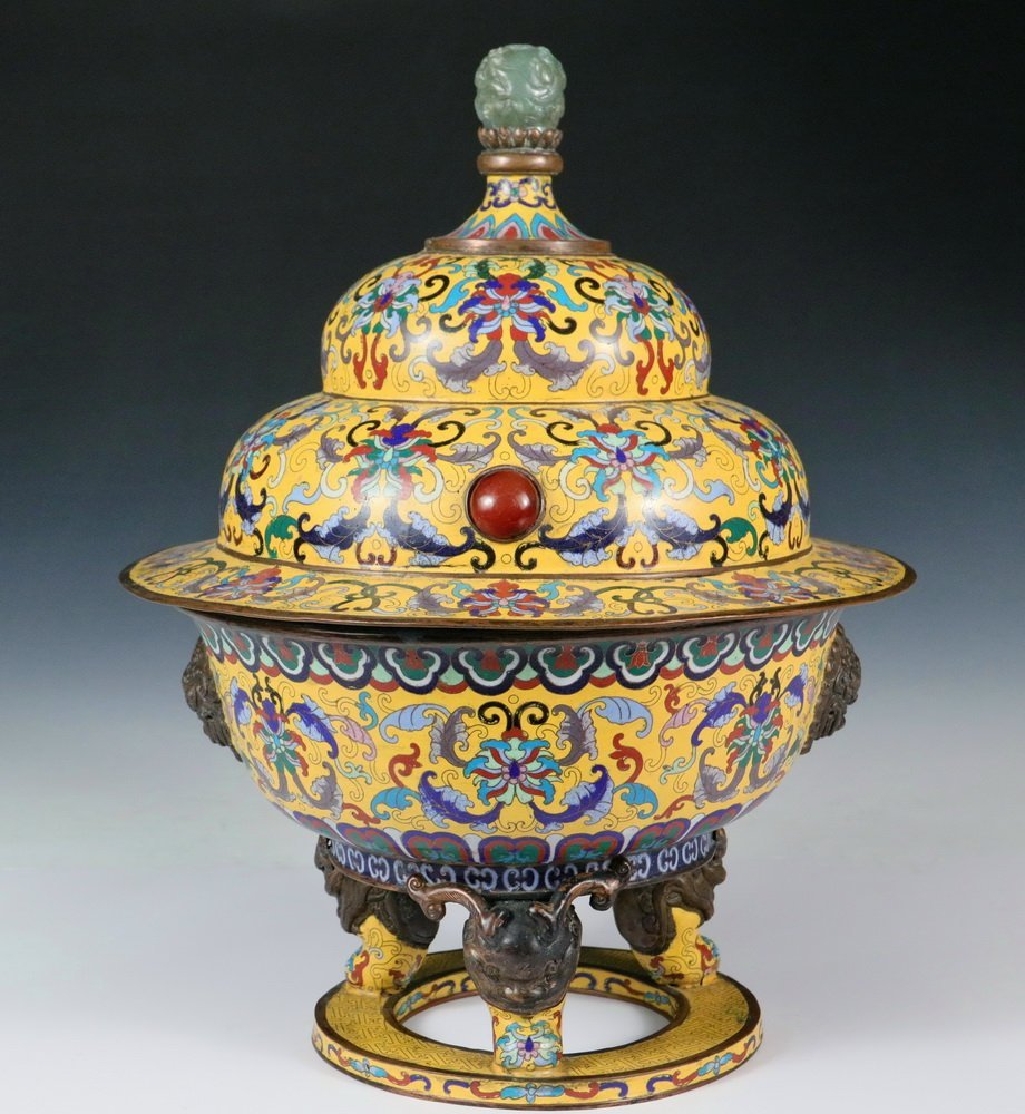 LARGE CHINESE CLOISONNE CENSER - Fine Quality Covered