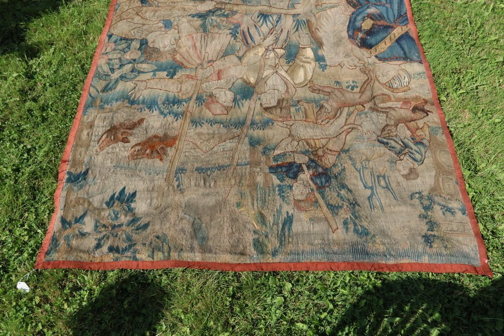 FLEMISH TAPESTRY - 17th c. Wool Tapestry depicting - 10