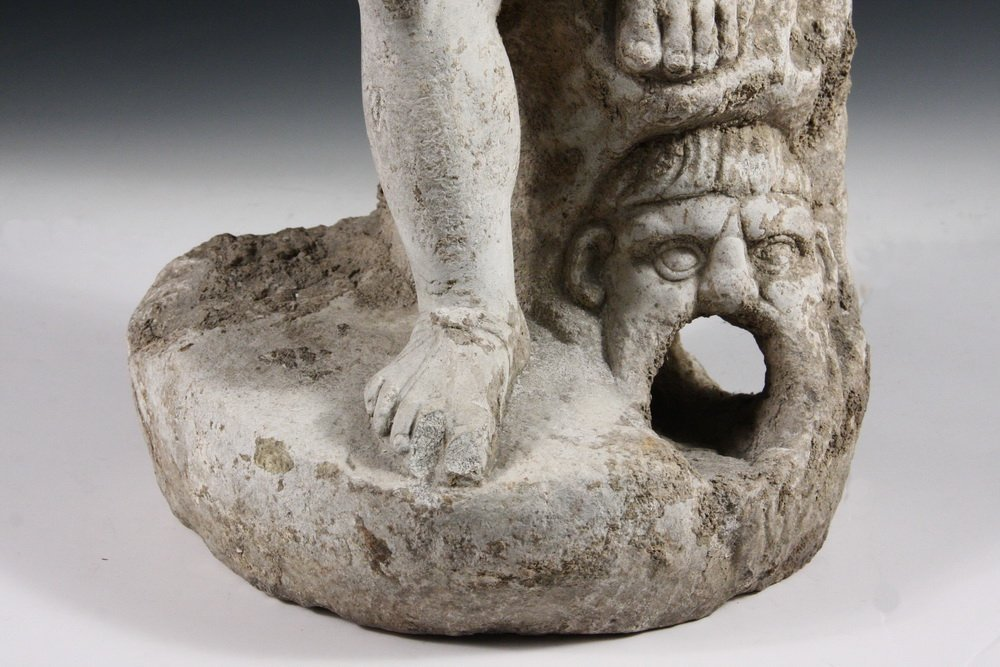 ANCIENT ROMAN FOUNTAINHEAD - Carved Marble Figure of a - 2
