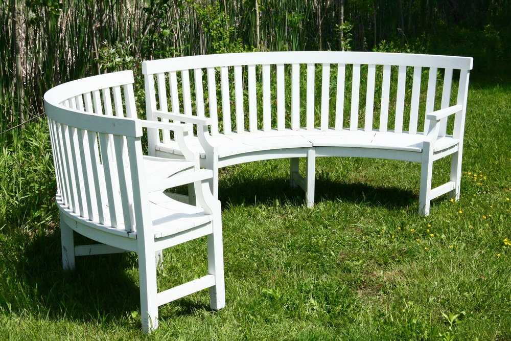 2 Weatherend Patio Curved Settees High End White