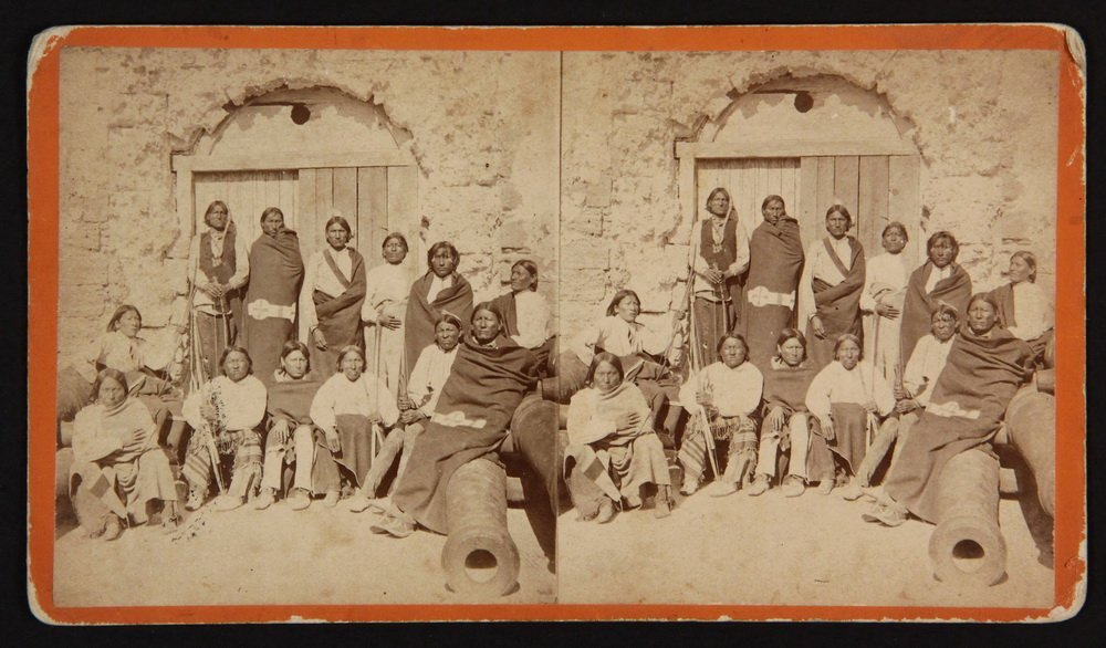 HISTORIC NATIVE AMERICAN PHOTOS: (1) CABINET CARD, (2) - 4