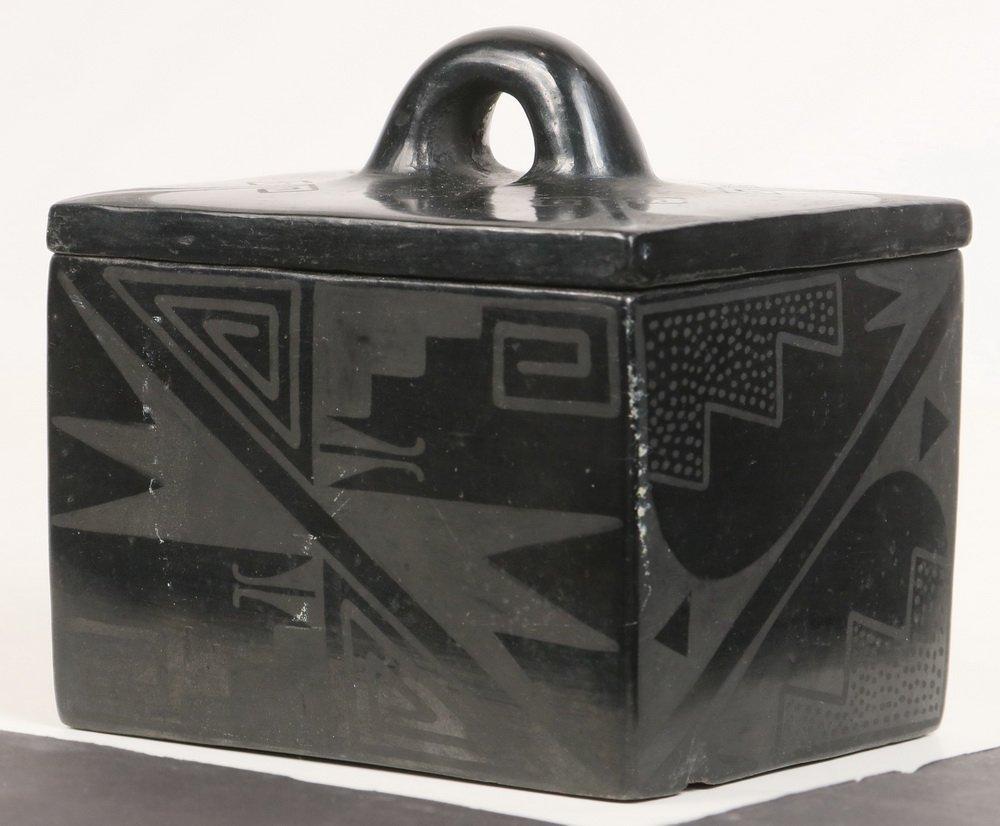 NATIVE AMERICAN POTTERY - Blackware Box, Maria - 2