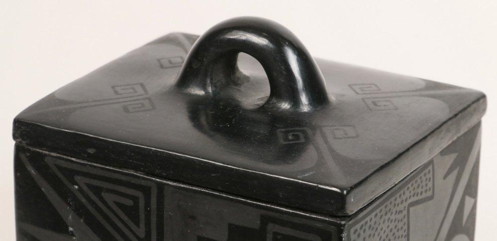 NATIVE AMERICAN POTTERY - Blackware Box, Maria - 3