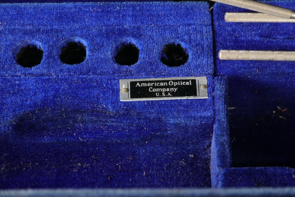 OPTOMETRIST'S TRAVELING KIT - Circa 1930s Black - 3