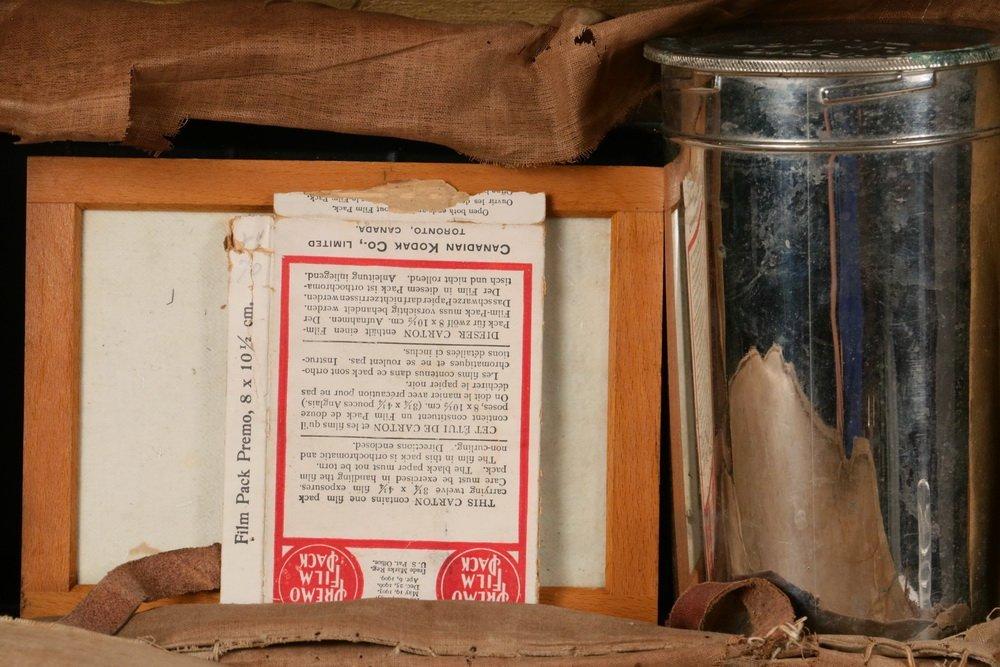 KODAK CAMERA & PORTABLE DARKROOM - Circa 1900 Kit in - 3