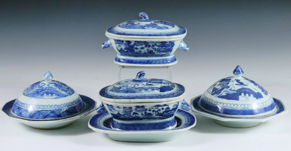CANTON SERVING PCS - (4) Chinese Export Canton Blue &