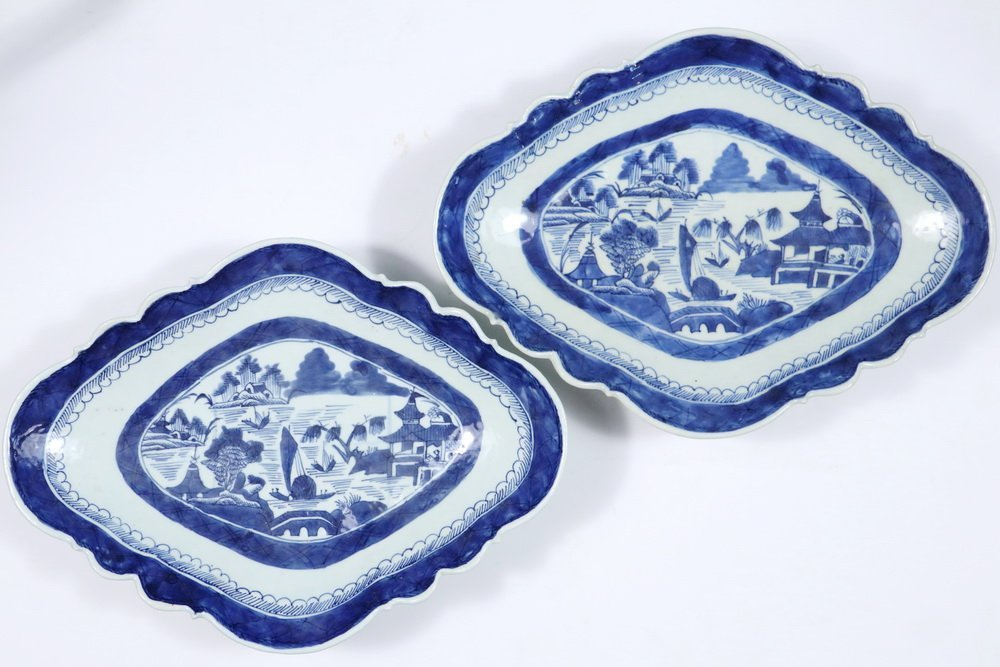 CURRY BOWLS - Pair of 19th c. Chinese Export Blue & - 3